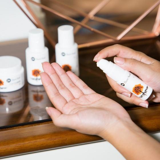 Combo Sữa rửa mặt & Kem dưỡng thanh lọc travel size - Da dầu và da mụn - Purifying Cleanser & Moituriser Oily & Acne Prone Skin