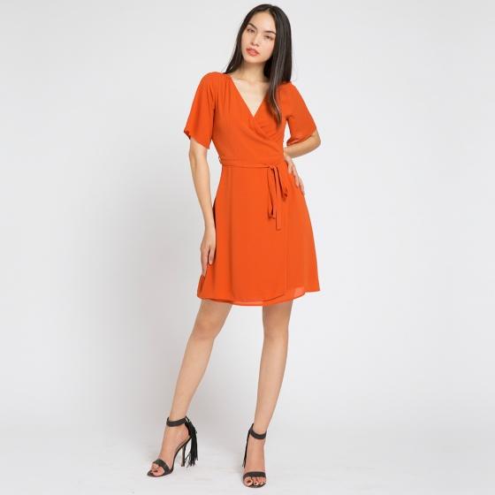 Đầm đắp vạt wrap iconic Hity DRE040 (cam hoàng hôn)