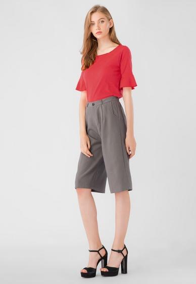 Áo kiểu nữ cổ tròn tay bèo lỡ Kassun đỏ trơn