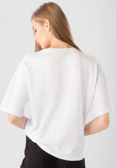 Áo kiểu nữ in chữ tay ngắn tà kiểu Kassun trắng