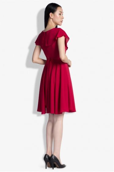 Váy bèo vạt xéo