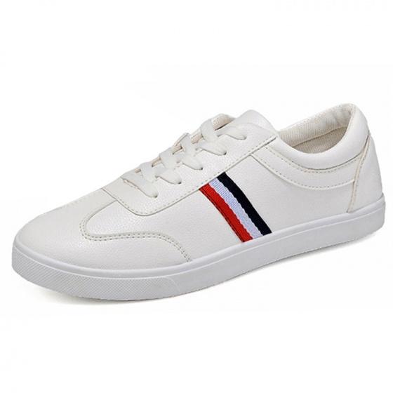 Giày thời trang nam Hàn Quốc kiểu dây buộc Rozalo RM5632