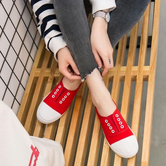 Giày vải nữ không dây bọc mũi cao su thời trang Rozalo RM2313