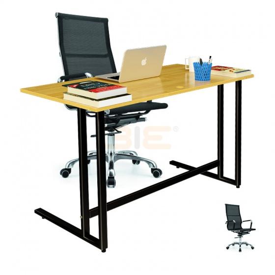 Bộ bàn Rec-U đen gỗ cao su và ghế IB16A đen