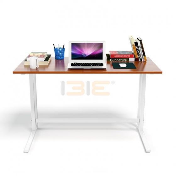 Bộ bàn Rec-U trắng màu cánh gián gỗ cao su và ghế Eames chân gỗ đen