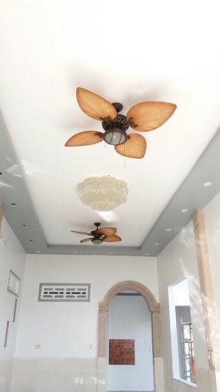 Quạt trần Phuket có đèn (màu nâu)
