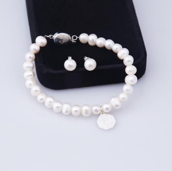 Opal _ Vòng tay ngọc trai trắng tự nhiên charm bạc và hoa tai ngọc trai _ T12