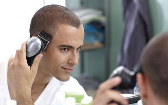Tông đơ cắt tóc Philips QC5570 (Đen) - Hàng nhập khẩu