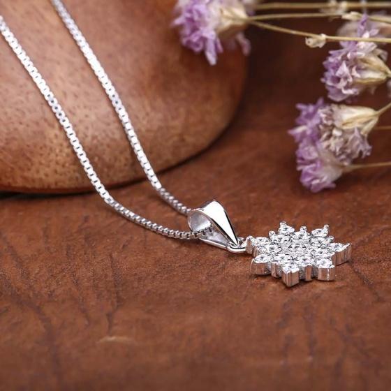 Mặt dây chuyền bạc Jamille Flower
