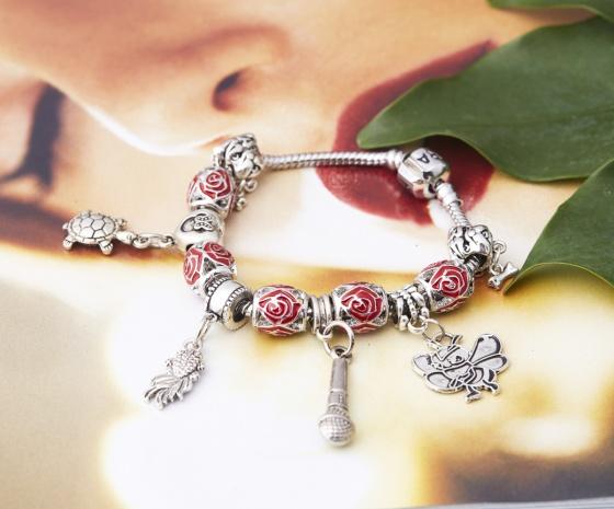 Opal - Vòng tay charm nữ tính tặng kèm dây chuyền bạc mặt charm 250.000đ _ T12