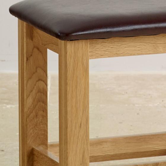 Ghế Bevel mặt nệm gỗ sồi - IBIE