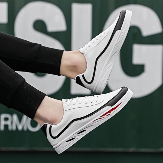 Giày thời trang nam thể thao đế bằng Rozalo RM7902