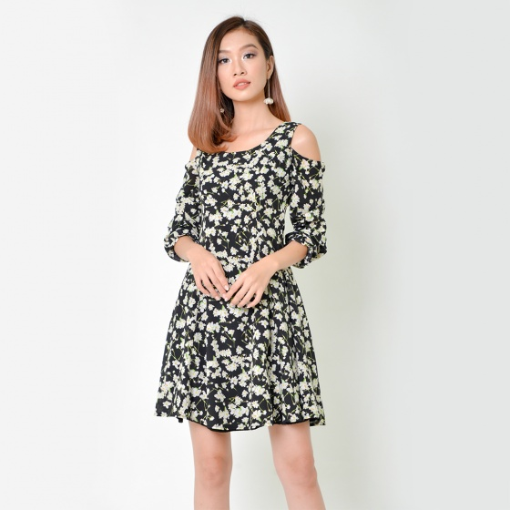 Đầm xòe thời trang Eden dài tay in hoa màu đen - D335