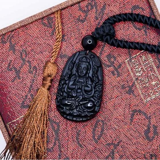 Mặt dây chuyền Quan Âm nghìn mắt nghìn tay đá Obsidian tự nhiên - Phật độ mạng cho người tuổi Tý