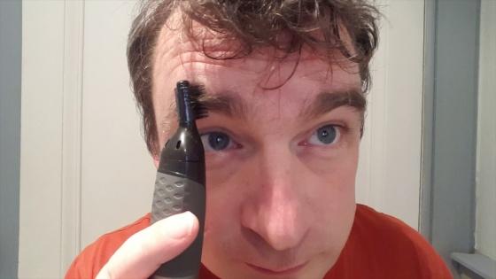 Máy cắt tỉa lông mũi, lông tai, lông mày Philips NT3160