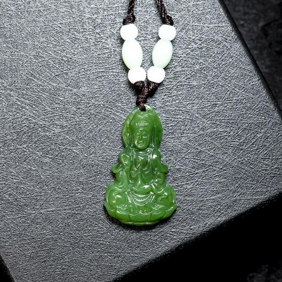 Mặt dây chuyền Phật Bà Quan Âm ngọc bích tự nhiên VietGemstones