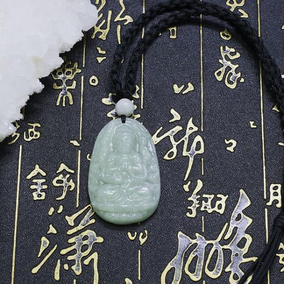 Phật bản mệnh thiên thủ thiên nhãn bồ tát cẩm thạch phỉ thúy 5x3cm