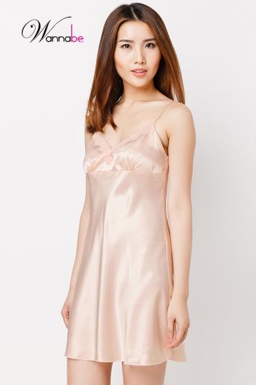 Đầm ngủ phi lụa Wannabe DN587 thanh lịch, đơn giản chăm sóc giấc ngủ (Hồng cam)