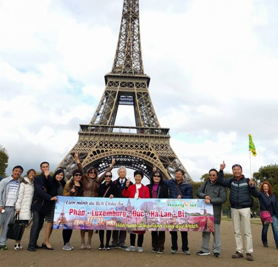 Tour du lịch Châu Âu: Ý - Slovenia - Hungari - Slovakia - Áo - Séc 11 ngày 10 đêm bay QR