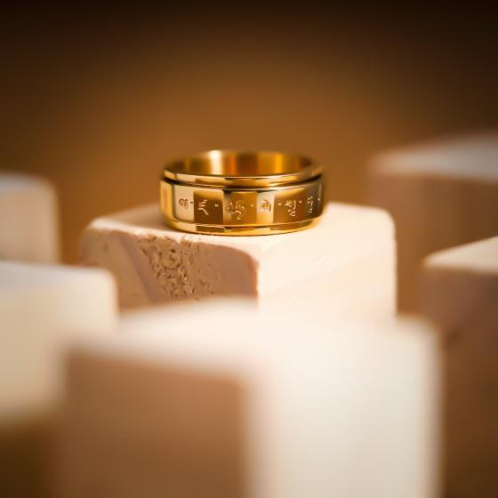 Nhẫn kinh phật khắc chú úm mani bát minh hồng - chấm