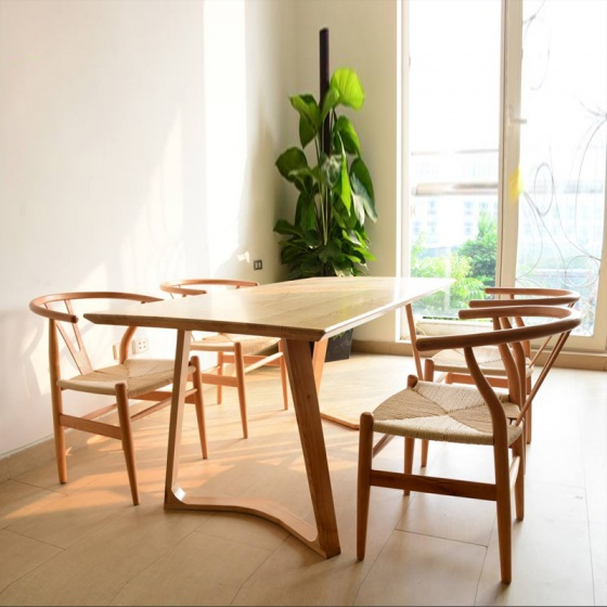 Bộ bàn ăn Wishbone đan dây màu tự nhiên 4 ghế