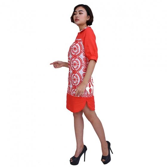 Đầm suông đỏ thêu Angeli Phạm hàng chính hãng