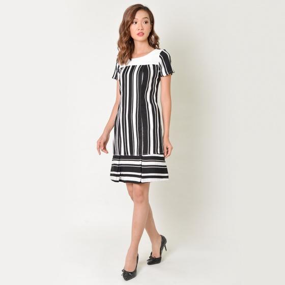 Đầm suông thời trang Eden kẻ sọc màu đen sọc trắng - D340