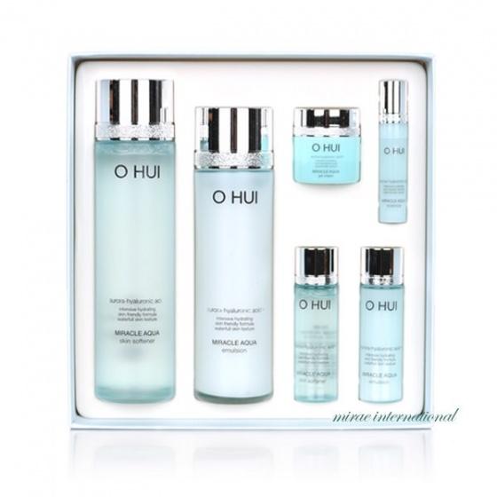 Bộ hai sản phẩm nước hoa hồng + sữa dưỡng Ohui Miracle Aqua 2-piece set
