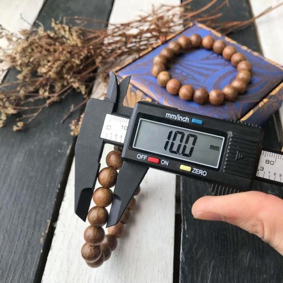 Vòng phong thủy - vòng phong thủy gỗ xá xị 10 ly