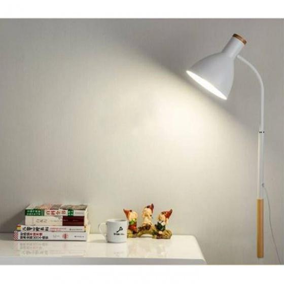 Đèn sàn - đèn đứng trang trí nội thất Furnist DC008