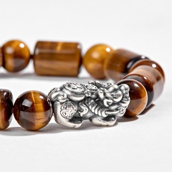 Vòng tay phong thủy đá thạch anh mắt hổ hình trụ phối charm bạc Ngọc Quý Gemstones