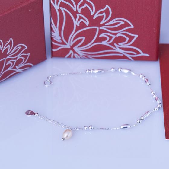 Opal lắc tay bạc đính ngọc trai ovan T05
