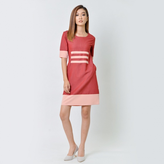Đầm suông thời trang Eden tay lỡ phối màu đỏ đô - D358