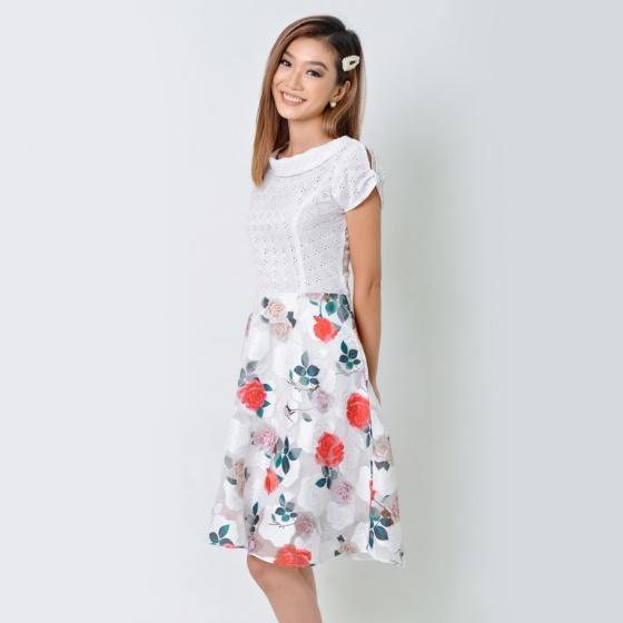 Đầm xòe thời trang Eden họa tiết hoa hồng màu trắng - D359
