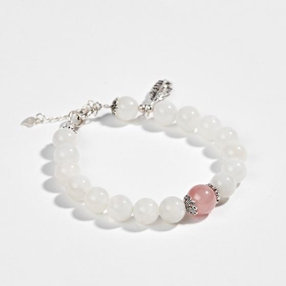 Vòng tay phong thủy đá xà cừ trắng phối charm bạc (8mm) Ngọc Quý Gemstones
