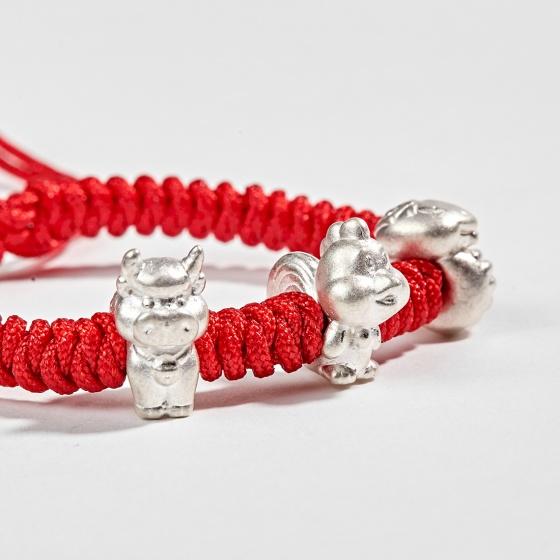 Vòng thắt dây đỏ tam hợp quý nhân tỵ, dậu, sửu Ngọc Quý Gemstones