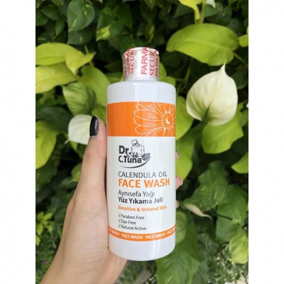 [Combo] Bộ 2 sản phẩm gel rửa mặt & kem dưỡng da mặt tinh chất hoa cúc Farmasi 275ml
