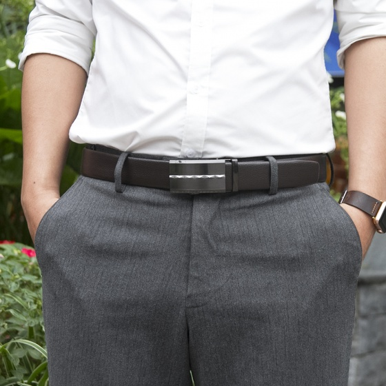 Dây nịt- thắt lưng nam da bò khóa tự động phối sọc giữa cao cấp Manzo 269.V (tặng móc khóa da bò thật)