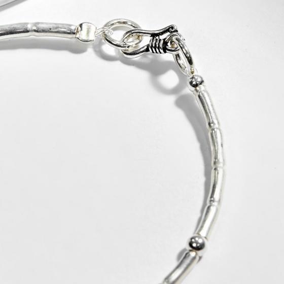 Vòng tay bạc 1 hạt đá cẩm thạch phối charm bàn tay hamsa bạc Ngọc Quý Gemstones