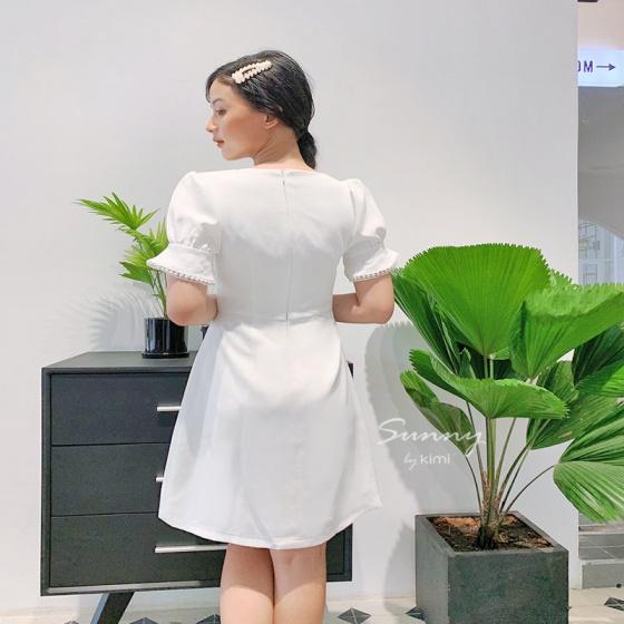 Đầm cổ lật phối ren - ad190082