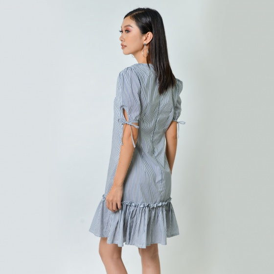 Đầm suông thời trang Eden kẻ sọc màu đen - D354