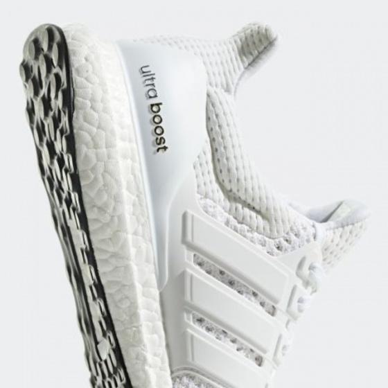 Giày thể thao chính hãng Adidas Ultra Boost BB7800