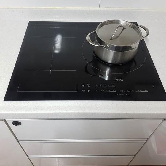 Bếp từ  AEG HKL65310FB