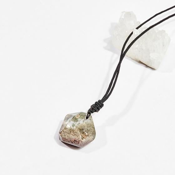 Dây chuyền phong thủy đá thạch anh ưu linh rêu ánh tím 2.5cm mệnh hỏa, mộc - Ngọc Quý Gemstones
