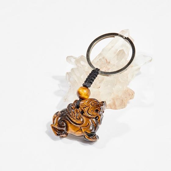 Móc khóa phong thủy đá thạch anh mắt hổ tỳ hưu 3.2cm mệnh thổ, kim - Ngọc Quý Gemstones