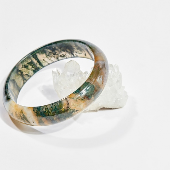 Vòng tay phong thủy đá băng ngọc thủy tảo huyết 5.5cm mệnh hỏa, mộc, thổ - Ngọc Quý Gemstones