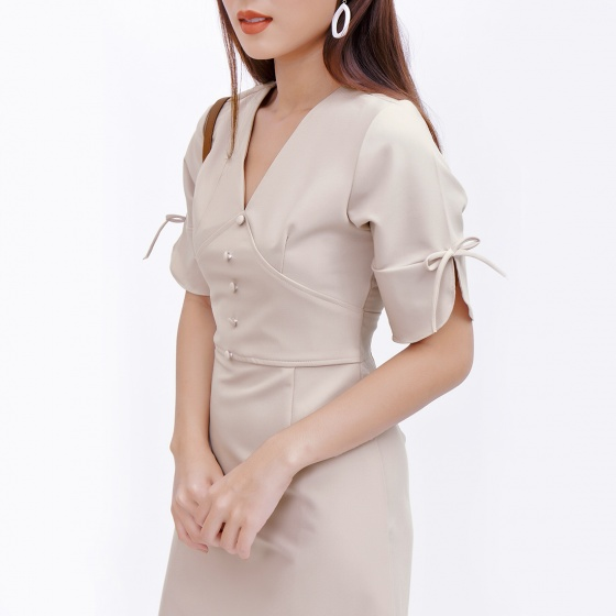 Đầm công sở thời trang Eden tay lỡ cổ tim màu be - D374