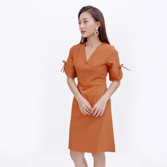 Đầm công sở thời trang Eden tay lỡ cổ tim màu cam đất - D374