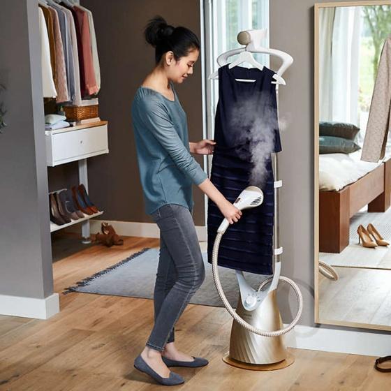 Bàn ủi hơi nước đứng Philips GC576 hãng phân phối