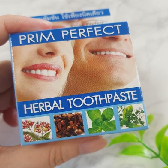 (Sản phẩm Thái) kem tẩy rắng răng thảo dược Yim Siam Thái Lan